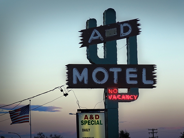 More great motel signs